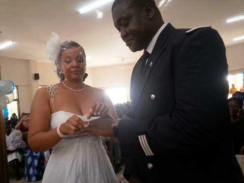 Carnet rose: Le capitaine Guy Hervé Yé et Barré Amina désormais unis dans les liens sacrés du mariage