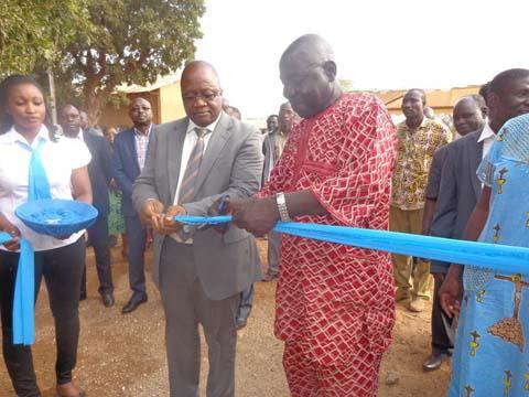 La salle polyvalente du lycée Marien N'Gouabi revit grâce à Vivo Energy Burkina