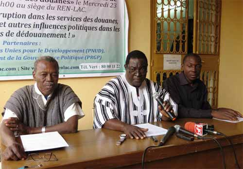 Lutte contre la corruption: Le REN-LAC lance trois rapports d'étude sur la douane, les mines et les valeurs morale et civiques