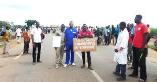 Les ressortissants du village de Takalédougou donnent leur analyse sur la crise qui secoue la SN-SOSUCO