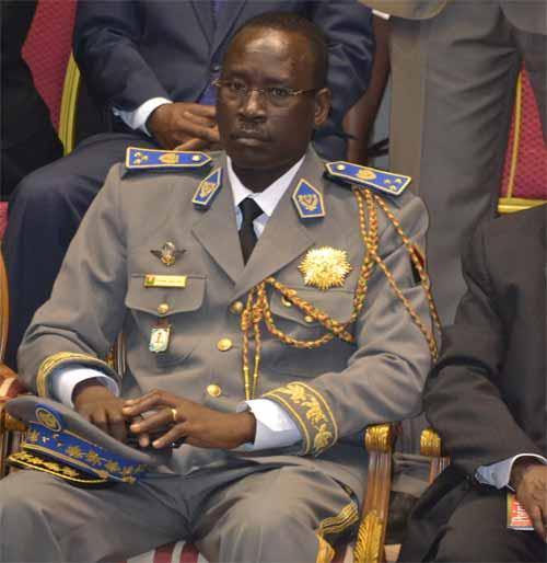 L'investiture de Roch Marc Christian Kaboré, ce mardi 29 décembre 2015, a donné l'occasion de voir l'ex Premier ministre, Yacouba Isaac Zida, dans ses nouveaux habits de général de division.