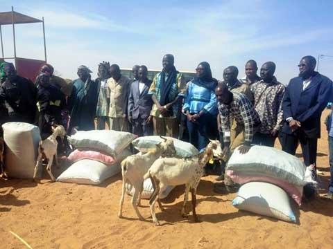 IAMGOLD Essakane SA à Goulgountou: un don de caprins pour régénérer  le cheptel