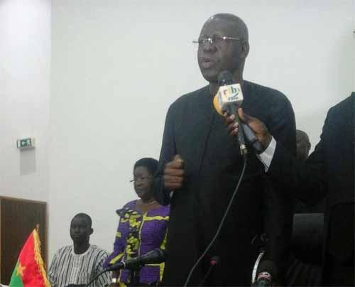 Salif Diallo a été élu, ce mercredi 30 décembre 2015, président de l'Assemblée nationale pour cinq ans par 78 voix contre 43 voix à Adama Sosso. Il y a eu 125 votants, 4 bulletins nuls.