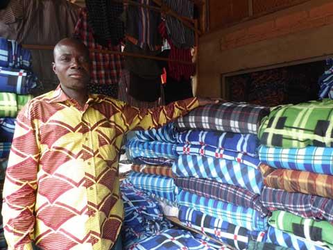 Période de froid au Burkina: Les vendeurs de vêtements chauds se frottent les mains