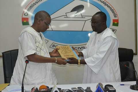 Présidence de la commission électorale nationale indépendante: Newton Ahmed Barry installé dans ses fonctions