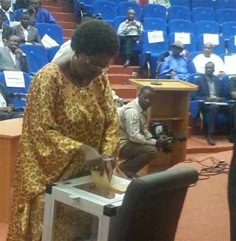 Déchéance de Juliette Bonkoungou de son siège de député: La requête du président du CNT jugée «mal fondée» par  conseil constitutionnel