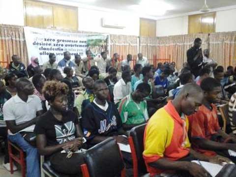 Bobo-Dioulasso: Scolaires et universitaires sensibilisés sur la santé sexuelle et de la reproduction