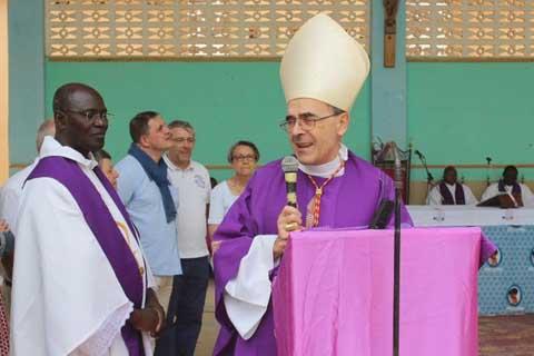 Visite du Cardinal Philippe BARBARIN à Koupéla  60 ans de jumelage