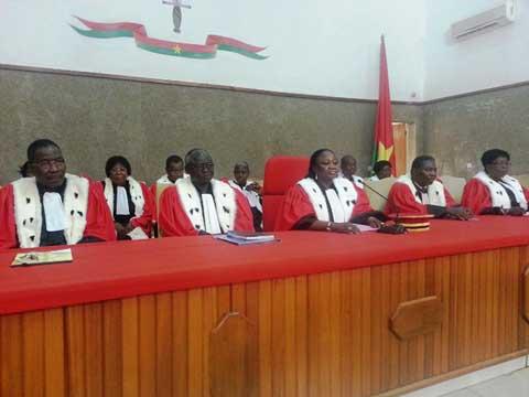 Haute cour de justice une nouvelle quipe pour lutter for Haute justice