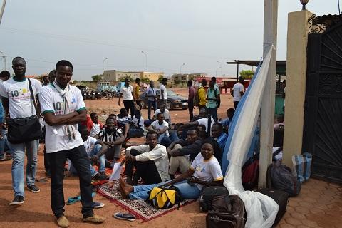 Charles Dagou, étudiant tchadien à 2iE: «Même s'il faut qu'on crève de faim, on crèvera de faim à l'ambassade»