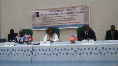 Education aux médias: Le CSC a lancé une campagne de sensibilisation