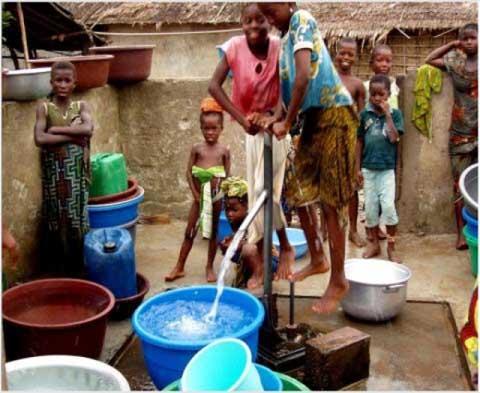 Lancement du programme  présidentiel d'urgence 2016 sur l'eau et  l'assainissement.