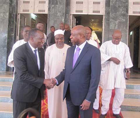 La cour des comptes et le médiateur du Faso ont remis leurs rapports 2014 au Premier ministre