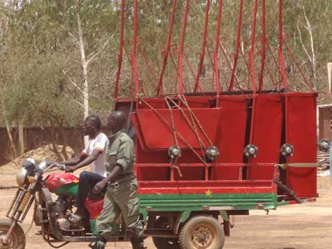 Tricycles à Ouagadougou: La Police municipale multiplie ses actions de contrôle