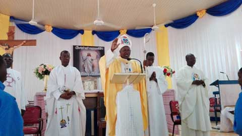 Le Cardinal Philippe aux militaires: «de grâce,  efforcez-vous à la pratique de la prière en famille»