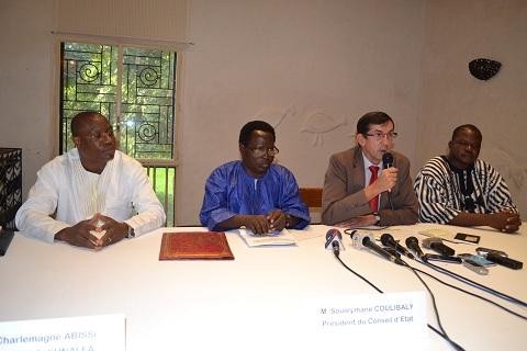 Elections municipales: «C'est le dernier exercice pour la démocratie qui se joue le 22 mai 2016», Gilles Thibault, ambassadeur de France au Burkina,