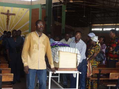 La communauté universitaire burkinabè en deuil: Pr André Nyamba repose désormais au cimetière de Tabtenga