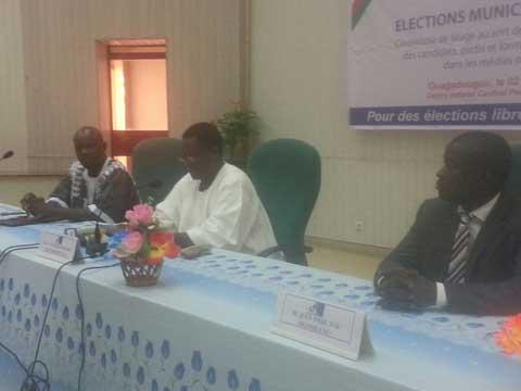 Elections municipales: Le CSC procède au tirage pour l'ordre de passage dans les médias publics