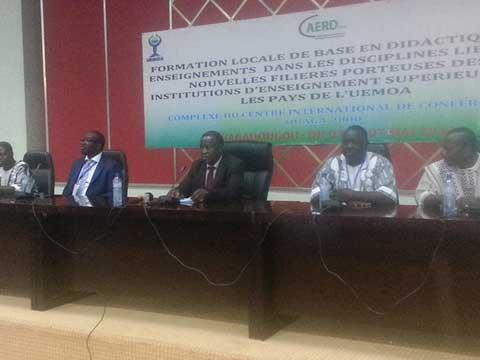 Enseignement supérieur: 220 enseignants burkinabè à l'école de la didactique