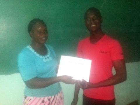 «Centre d'Expertise en Entrepreneuriat»: Une solidarité entre jeunes pour faire face aux problèmes d'emploi