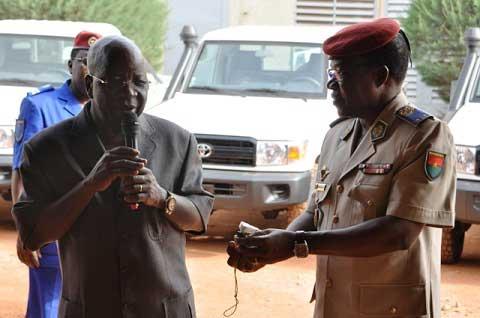 Simon Compaoré et ses sept «Pick Up» à l'armée