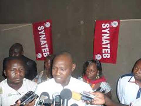 Education: LE SYNATEB dénonce «l'amateurisme flagrant» dans la gestion de ce secteur