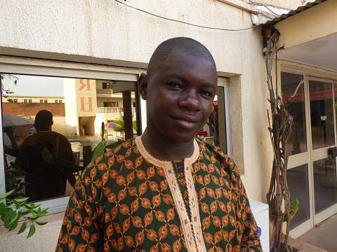 Alhousseini  Alhadji, journaliste à Tombouctou: «Depuis que mon ami a été tué devant sa radio, j'ai la peur au ventre»