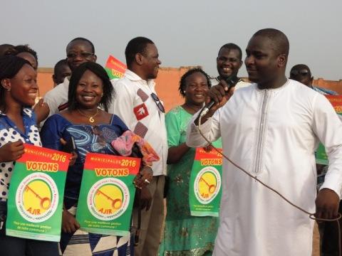Adama Kanazoé, président de l'AJIR aux jeunes: