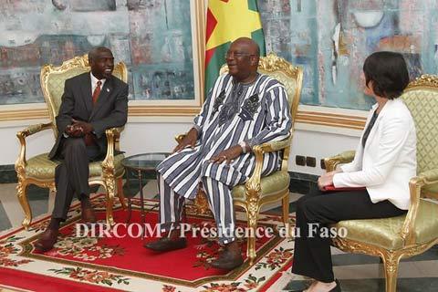 Présidence du Faso: L'Ordre des architectes et l'ambassadeur des USA chez Roch Kaboré