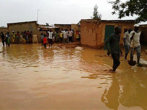 Fortes pluies à Ouagadougou: Des populations du quartier Markoussis ont les pieds dans l'eau