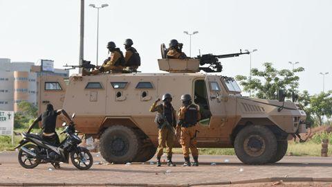 Sécurité intérieure: La circulation interdite à partir de 22h00 autour de certaines casernes