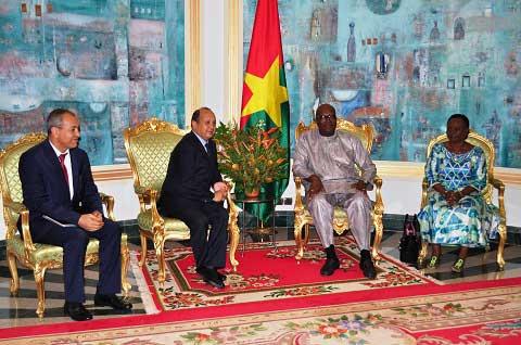 Audiences: Le président de Maroc Telecom et le représentant résident de l'UNICEF chez le président du Faso