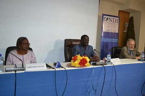 Parlement: Les  députés  de  la CODES se forment sur la sécurité nationale