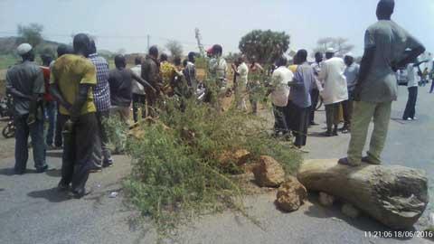 Kaya: Des militants du MPP bloquent l'axe routier Ouagadougou-Dori