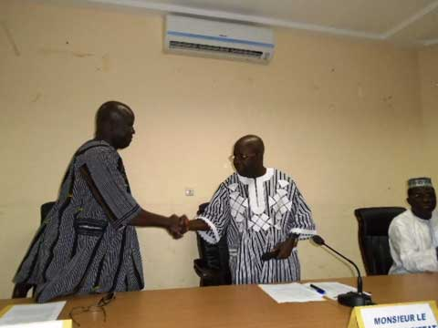 Région du sud-ouest: Tagsséba Nitièma  a été installé dans ses fonctions de gouverneur