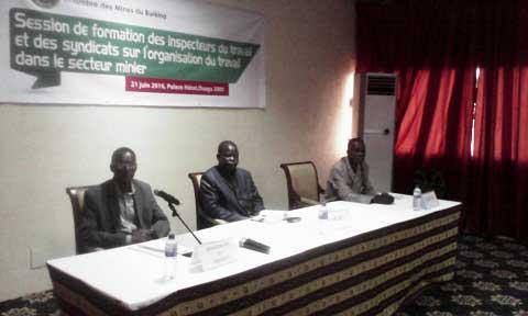 Travail minier: La chambre des mines du Burkina forme des inspecteurs du travail et des représentants de centrales syndicales