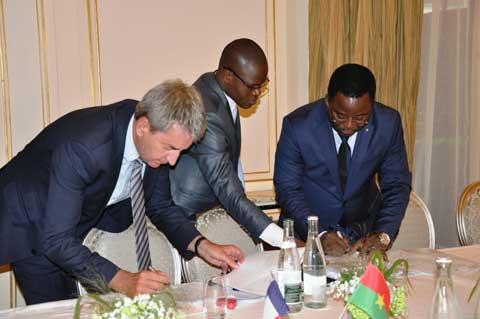Permis de conduire et cartes grises des véhicules: Le gouvernement burkinabè modernise