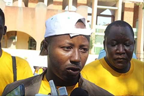 «On ne pourra jamais gouverner ce pays avec trois têtes. C'est impossible», dixit Désiré Guinko, porte-parole du CCNOSC