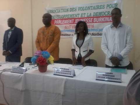 Parlement jeunesse burkinabè: Des membres formés aux concepts et pratiques parlementaires