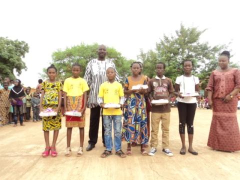 Groupe scolaire de l'espoir de  l'APEE: Fin des activités pédagogiques et scolaire 2015-2016