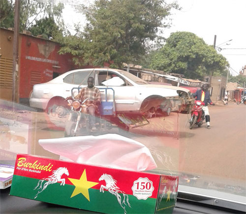 Circulation routière: Vu à Ouaga!