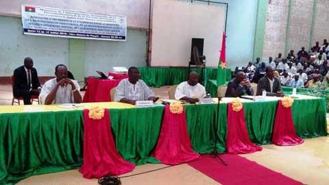 Collectivités territoriales: Simon Compaoré rencontre les maires
