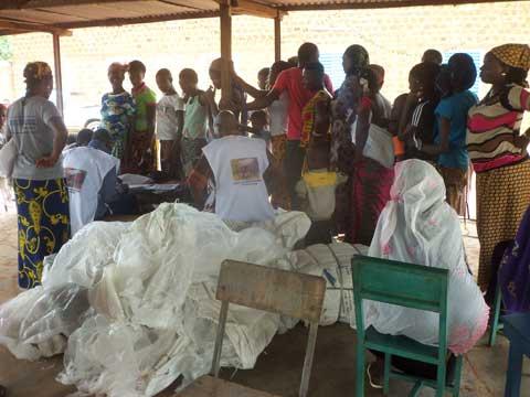 Moustiquaires imprégnées: La distribution est effective à Gaoua
