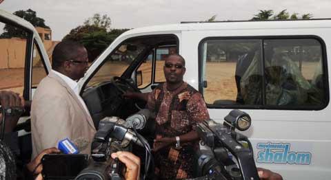 Evacuation sanitaire: L'ONG Shalom offre une ambulance à la MACO