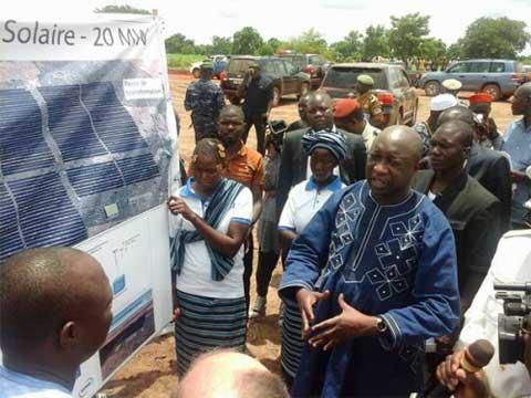 Energies  nouvelles et renouvelables: le lancement des travaux de construction de la centrale solaire de Zina effectif