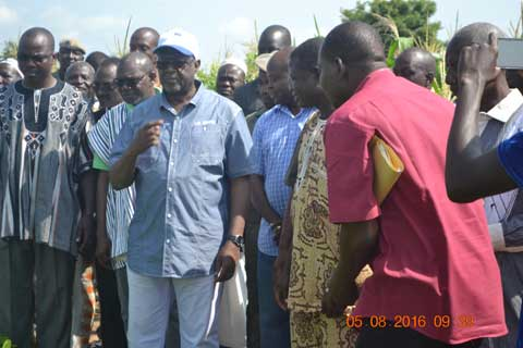 Campagne agricole 2016-2017: Le ministre de l'agriculture au contact des réalités de l'Est