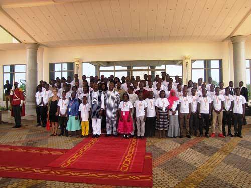 Prix de l'excellence scolaire du président du Faso: Les 79 meilleurs élèves récompensés