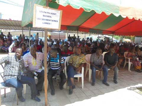 Grève du SYNATIC: «Carton rouge» au ministre Dandjinou