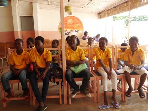 Club étoile: Faire de la lecture une passion pour les élèves