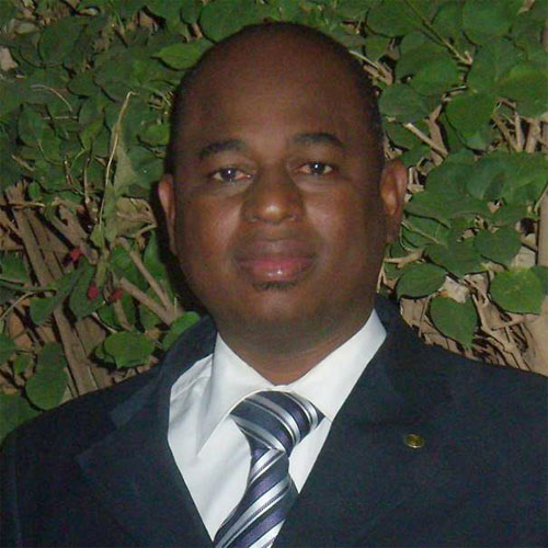 Dr Issaka Sondé, pharmacien et écrivain: «Si rien n'est comme avant, rien non plus n'est mieux qu'avant»